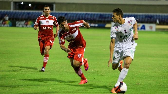 Edson Ratinho e Marcos Martins, laterais do CRB (Foto: Ailton Cruz / Gazeta de Alagoas)