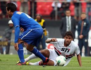 Victorino, zagueiro do Cruzeiro (Foto: Gaspar Nóbrega/Vipcomm)