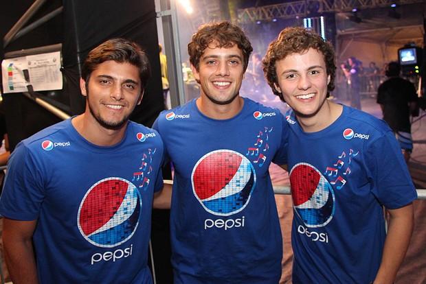 Bruno Gissoni, Rafael Cardoso e Miguel Roncato (Foto: Fernando Teixeira/Divulgação)