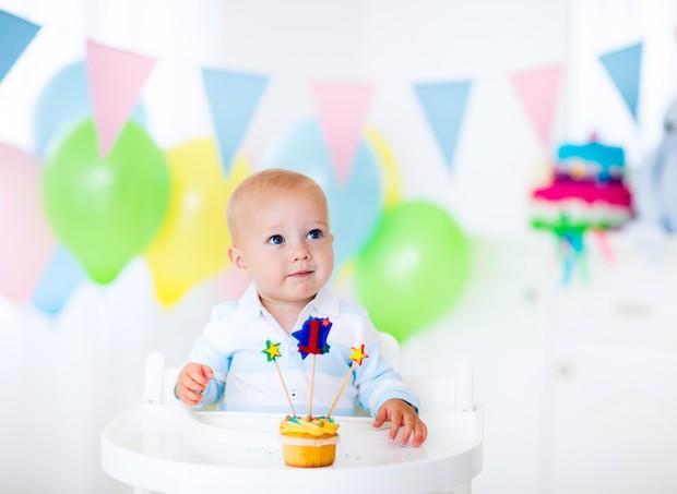 Completar 1 ano é um marco na vida de uma criança.  (Foto: Thinkstock)