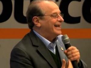 Tarso Genro - campanha eleitoral - 11/8 (Foto: Reprodução/RBS TV)