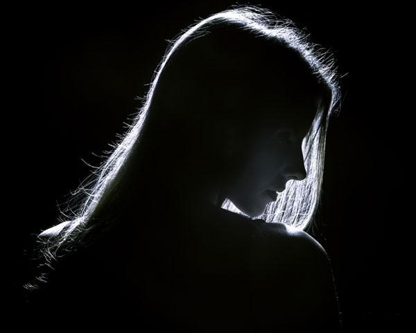 Mais de 3 mil mulheres e crianças ainda são escravizadas pelo EI (Foto: Imagem meramente ilustrativa - Thinkstock)