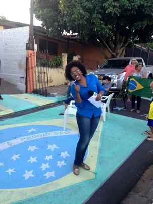 Tatiane, trabalho e torcida junto com os telespectadores (Foto: Foto: Thiago Nogueira)