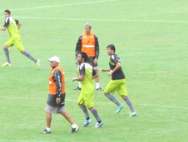 Carlos Alberto, Gaúcho e Pedro Ken, Vasco treino (Foto: Gustavo Rotstein / Globoesporte.com)