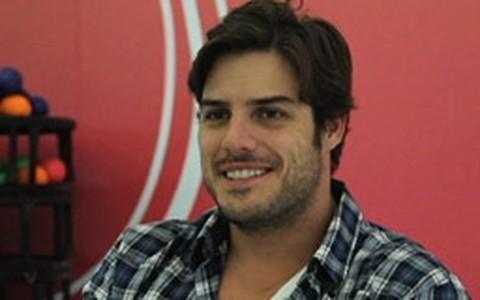 Carlos Klein: 'Mulher que transa no 1º encontro é bem resolvida'
