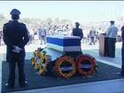 Muito abalado, Bill Clinton é o 1º político a homenagear Shimon Peres