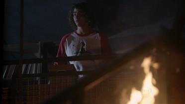 Pedro descobre que a academia está pegando fogo