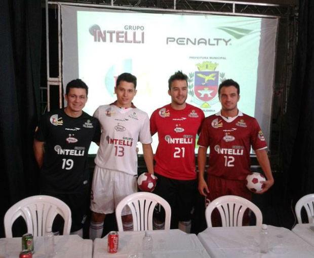 Orlândia apresenta uniforme da Liga Futsal 2013 (Foto: Divulgação)