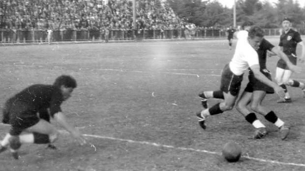 atletiba do passado (Foto: Divulgação/Site oficial do Coritiba)