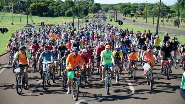 3º Passeio Ciclístico RPC, em Foz do Iguaçu  (Foto: Reprodução/RPC)