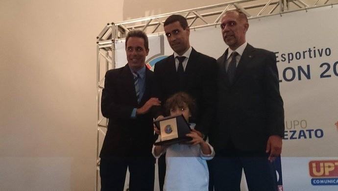 Prêmio Panathlon Juiz de Fora 2014 auxiliar Marcelo Van Gasse bandeirinha (Foto: Bruno Ribeiro)
