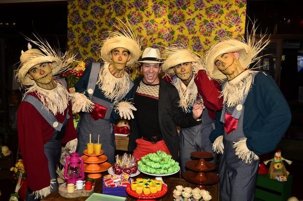 David Santiago, organizador da festa (Foto: Roberto Teixeira/EGO)