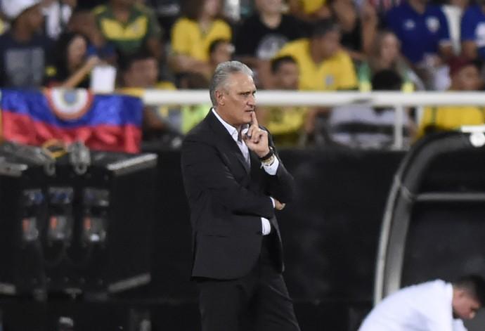 Tite Brasil x Colombia Engenhao (Foto: André Durão)