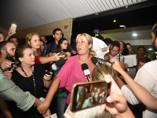 Reunião de 10h termina sem acordo entre mulheres de PMs e Governo (Foto: Fernando Madeira/ A Gazeta)