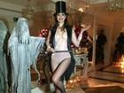 Luciana Gimenez usa fantasia para festejar seu aniversário de 46 anos