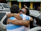 Mais de 100 jovens distribuem abraços no Centro de Macapá