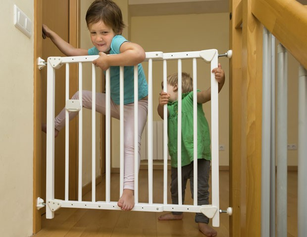 Criança Portão Segurança Queda (Foto: Thinkstock)