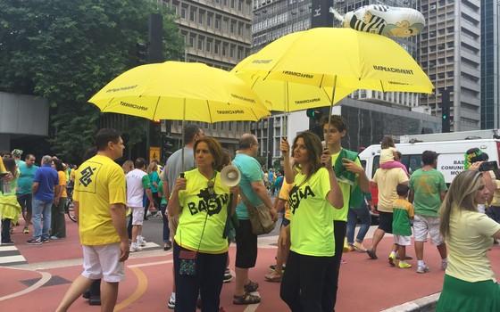 Grupo de empresários do Basta, que criou guarda-chuva para manifestações de 13 de março (Foto: Bruno Ferrari / ÉPOCA)
