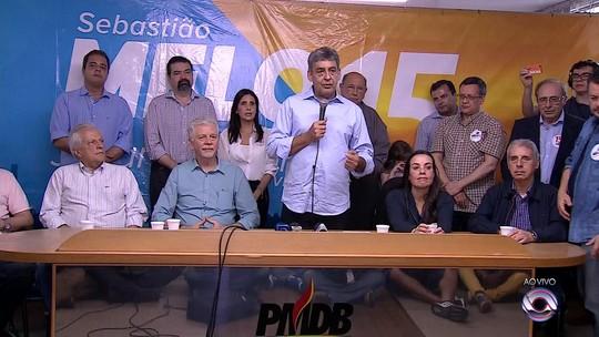 Melo evita análise de derrota e diz que quer PMDB oposição em Porto Alegre