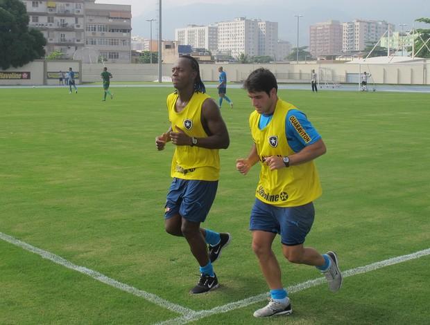 Andrezinho e Lodeiro botafogo (Foto: Thales Soares)