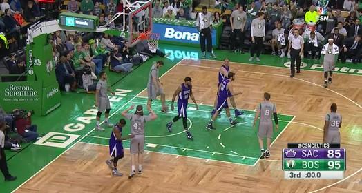 Kings 119 x 128 Celtics