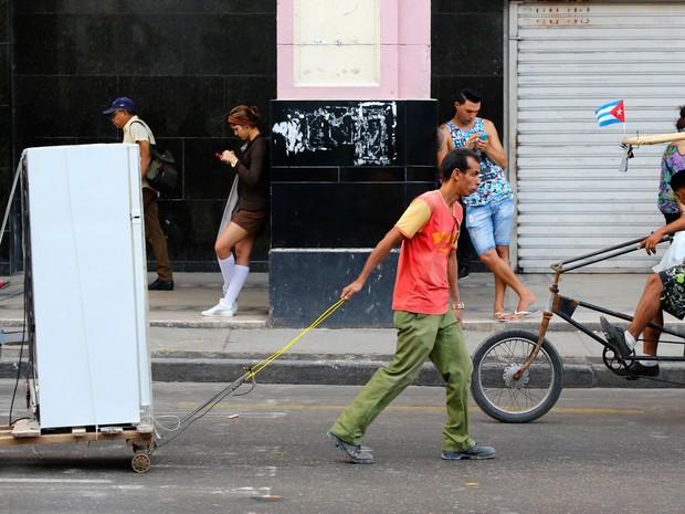 O acordo significa que refrigeradores utilizarão gases menos nocivos no futuro (Foto: Desmond Boylan/AP)