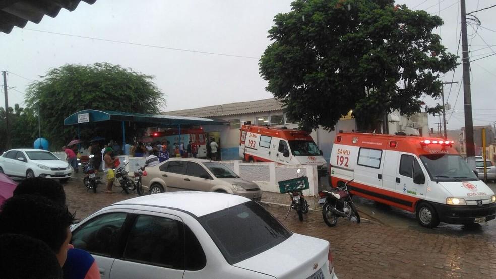 Passageiros feridos foram socorridos para o Hospital Regional Monsenhor Expedito, em São Paulo do Potengi (Foto: PM/Divulgação)