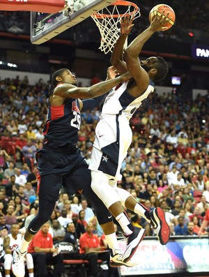 James Harden e Paul George, Basquete USA (Foto: Getty Images)