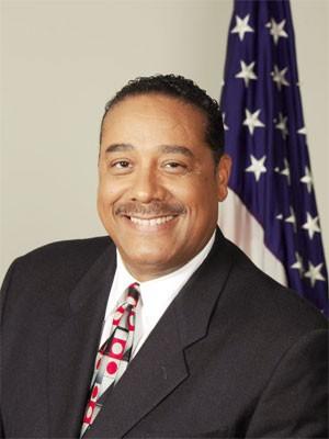 Benny Napoleon, xerife do condado de Wayne, é o segundo colocado nas pesquisas para a prefeitura de Detroit (Foto: Reprodução/Facebook/Benny Napoleon)