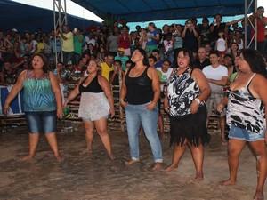 Mulheres acima do peso entram na disputa pelo título de Garota Leitoa (Foto: Catarina Costa/G1)