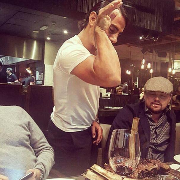 """Leonardo di Caprio e o """"Salt Bae"""" (Foto: Reprodução/Instagram)"""
