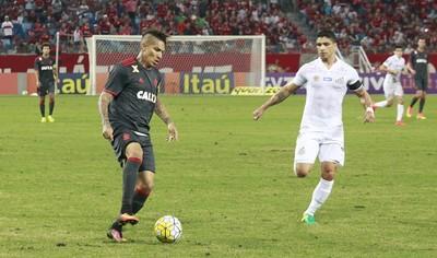 Santos x Flamengo Guerrero Renato (Foto: Chico Ferreira/Futura Press)
