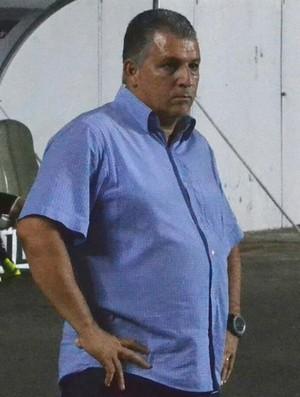 Zé Humberto vai comandar o Atlético-ES até o fim da temporada 2017 (Foto: Sidney Magno Novo/GloboEsporte.com)
