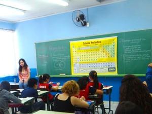 Aos 15 anos, Ana Paula dá aulas no projeto aos domingos e retribui o conhecimento que adquiriu (Foto: Therezinha Lopes/Arquivo Pessoal)