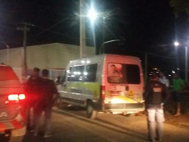 PM é morto em tentativa de assalto a van com estudantes em Juazeiro do Norte (Foto: Biana Alencar/TV Verdes Mares)