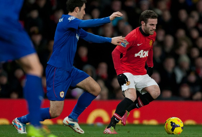 Juan Mata, Manchester United x Cardiff (Foto: AP)