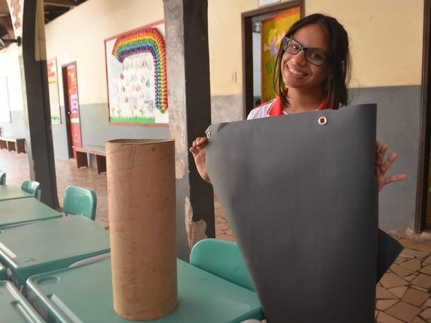 Estudante, Aira Beatriz, lixeira sustentável, Febrace, Amapá (Foto: Jorge Abreu/G1)