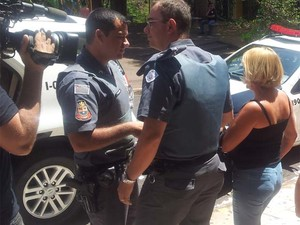Mesária foi detida suspeita de fazer boca de urna em Ribeirão Preto, SP (Foto: Amanda Pioli/G1)
