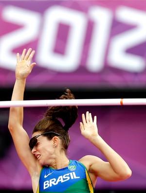 fabiana murer salto com vara londres 2012 (Foto: Agência AP)