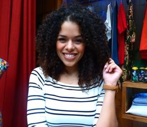 Rayza posa linda com seus cachos (Foto: Letícia Souza/Gshow)