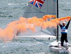 Ben Ainslie comemora vitória geral na vela (Foto: Getty Images)