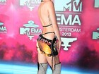 Relembre 10 looks ousados de Miley Cyrus, aniversariante do dia