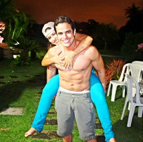Kaká, o marido galã de Simone, da dupla com Simaria (Foto: Reprodução / Instagram)