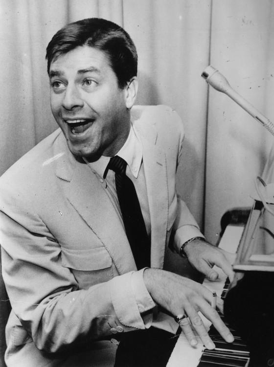 O ator e comediante Jerry Lewis marcou a arte de fazer rir nos Estados Unidos do século XX (Foto: Hulton Archive/Getty Images)
