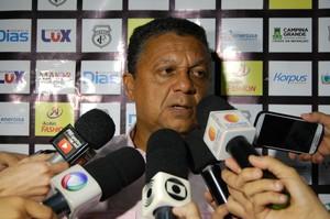 Luiz Carlos Mendes, técnico do Treze (Foto: David Henrique / TV Paraíba)