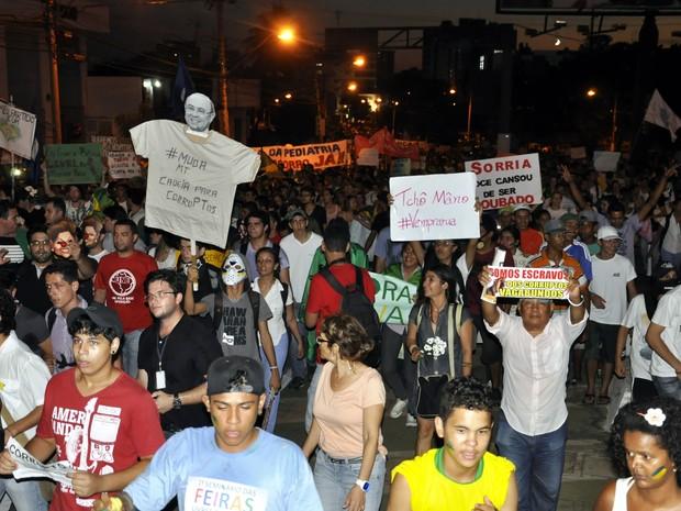 Manifestação em Cuiabá (Foto: Renê Dióz/G1)