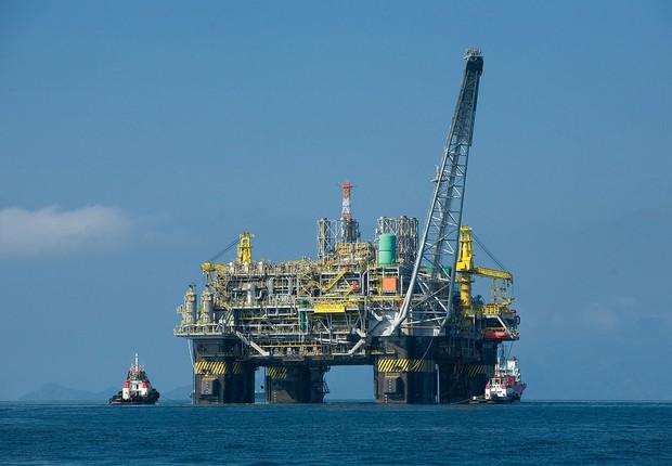 Plataforma de petróleo ; ANP ; extração de petróleo ; Petrobras ;  (Foto: Felipe Dana/Agência Petrobras)