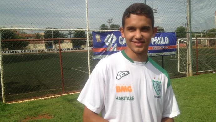 Nikolas, do América -MG (Foto: Edson Reis/GloboEsporte.com)