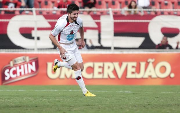 Guilherme empata o jogo para o Ituano (Foto: Miguel Schincariol / Ituano FC)