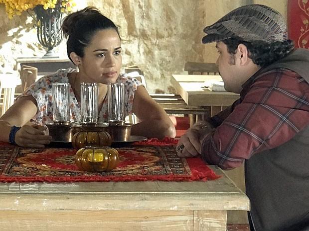 Morena aposta em sucesso de plano contra Wanda (Foto: Salve Jorge/TV Globo)